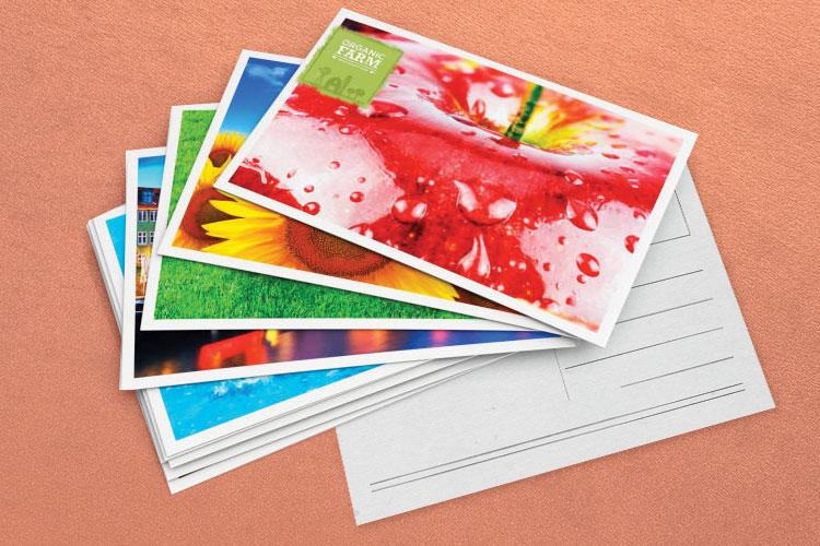 https://cdn.4over4.com/assets/SEO/1189/foil-stamped-postcards-1.jpg