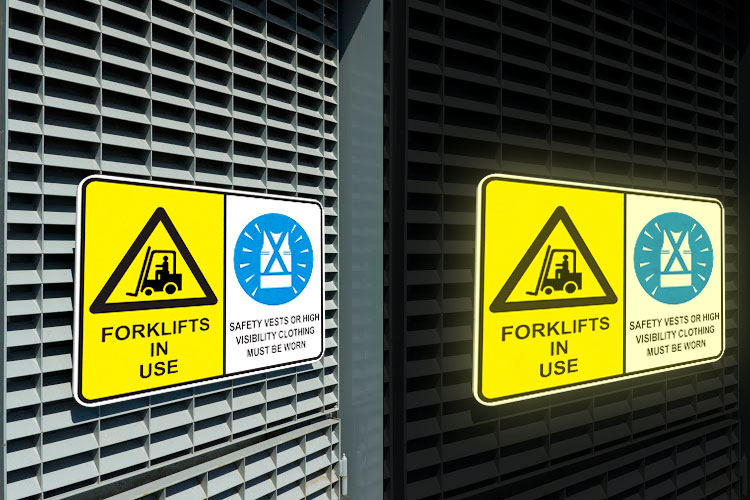 https://cdn.4over4.com/assets/products/373/Reflective-Aluminum-Sign_Panel-2.jpg