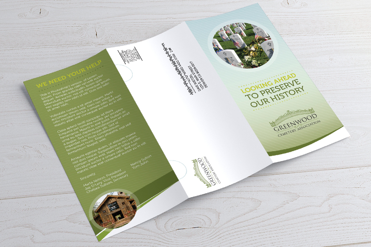https://cdn.4over4.com/assets/products/407/direct-mail-brochure-2.jpg