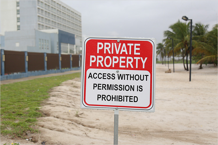 https://cdn.4over4.com/assets/products/447/Property_Signs_2.jpg