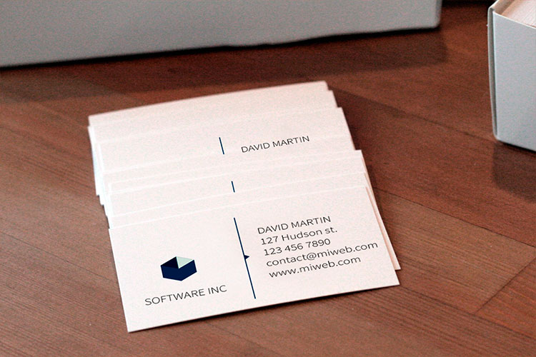 https://cdn.4over4.com/assets/products/7/business-cards-2.jpg