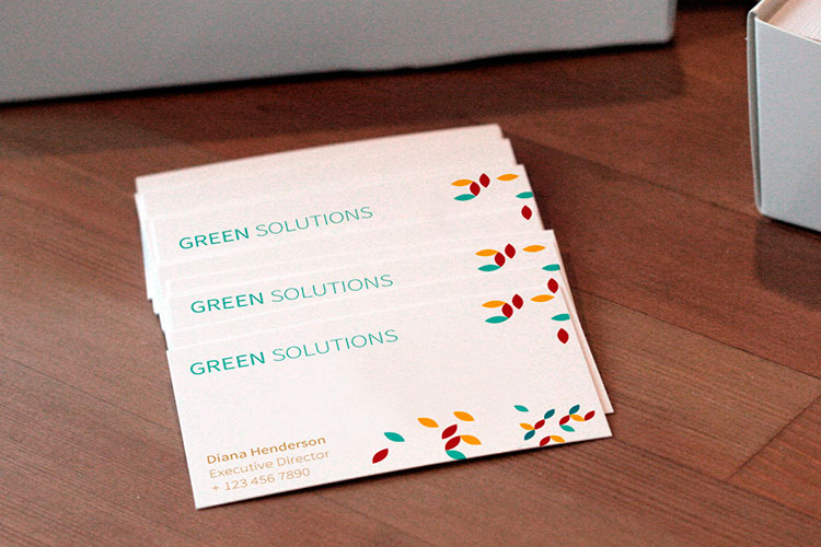 https://cdn.4over4.com/assets/products/7/business-cards-3.jpg